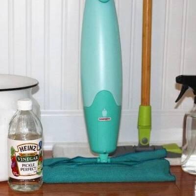 Clean wood floors with vinegar
