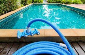 garden hose pool vacuum